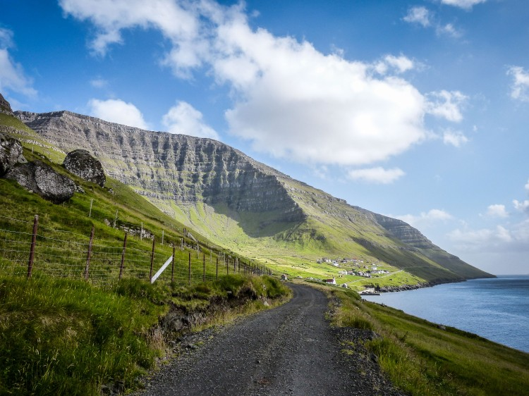 Faroe Islands Kunoy Färöer Inseln Berge Mountain
