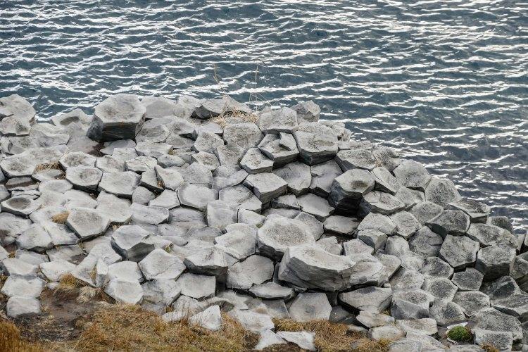 Basalt-Klippen von Hosfos Iceland Giants Causway-3