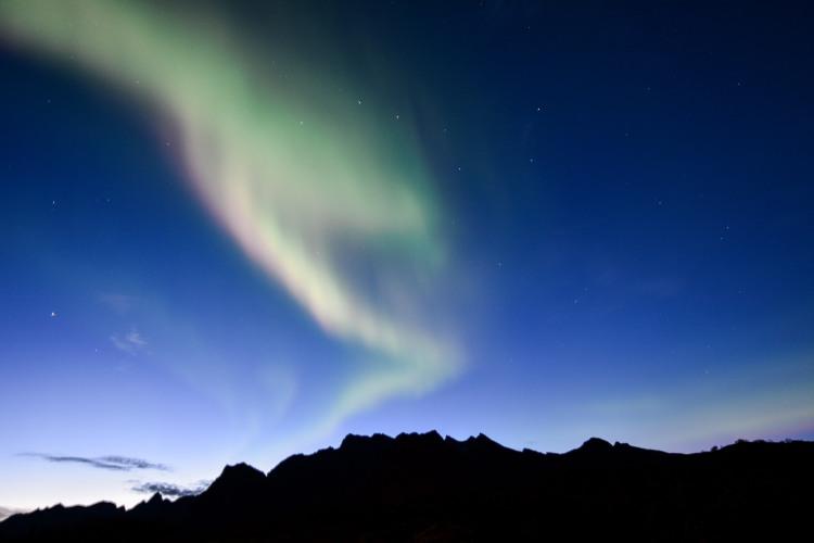 Polarlicht in der Abenddämmerung