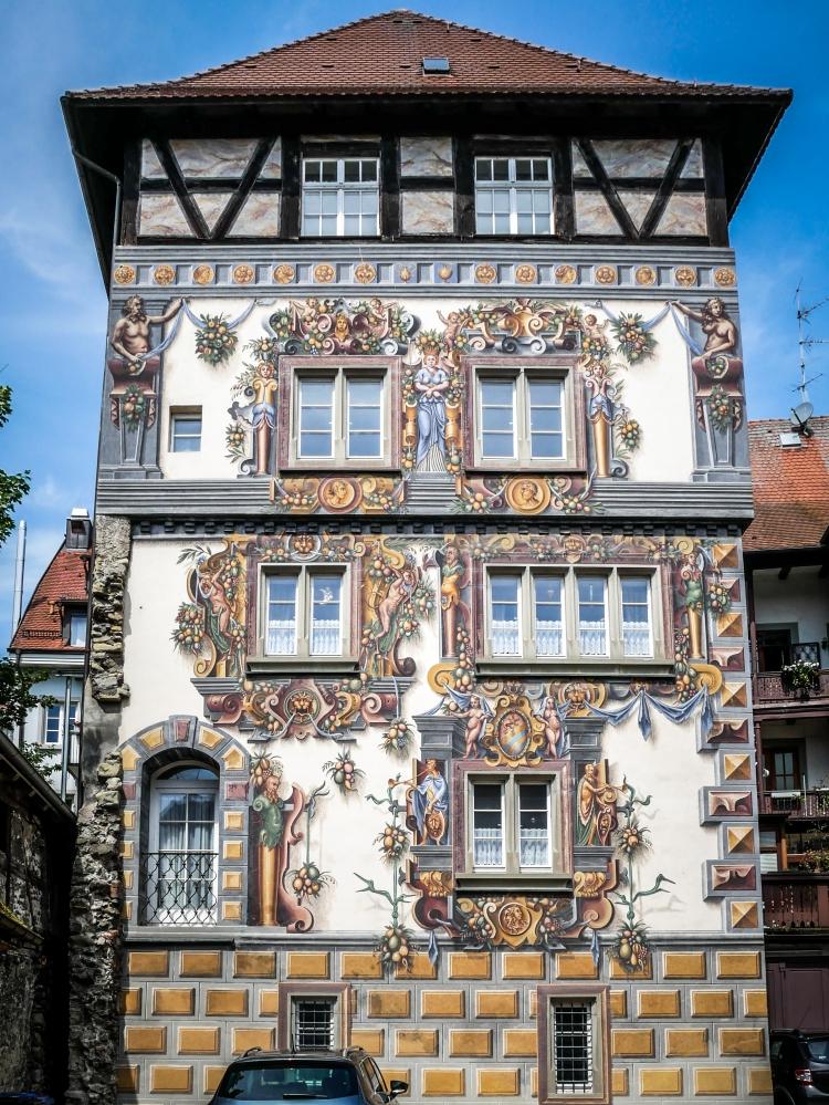 Das Haus zum goldenen Löwen Wohnturm Mittelalter Konstanz Fassedenmalerei